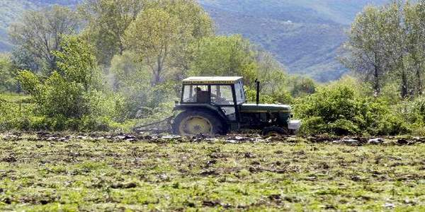 Αντίδραση στο Δήμο Ρήγα Φεραίου για την περικοπή επιδοτήσεων