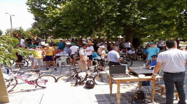 Μεγάλη επιτυχία για τον 1ο Ποδηλατικό Γύρο Λίμνης Κάρλας