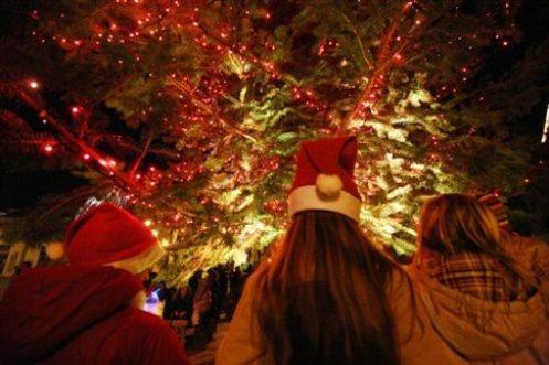 Φωταγώγηση Χριστουγεννιάτικου δέντρου