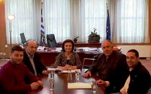 Συνάντηση του Δημάρχου Ρήγα Φεραίου Δημητρίου Στ. Νασίκα με την Υφυπουργό Μεταφορών, Υποδομών και Δικτύων Μαρίνα Χρυσοβελώνη για τρία Προτεινόμενα Έργα