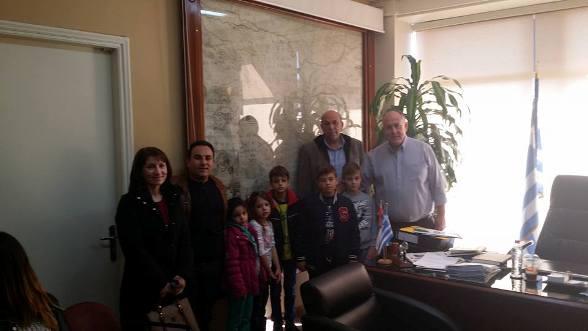 Επίσκεψη μαθητών Δημοτικού Σχολείου & Νηπιαγωγείου Κεραμιδίου στο Δήμο Ρήγα Φεραίου
