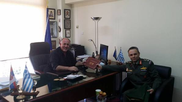 Συνάντηση του Δημάρχου Ρήγα Φεραίου με το νέο διοικητή της 1ης Ταξιαρχίας Αεροπορίας Στρατού