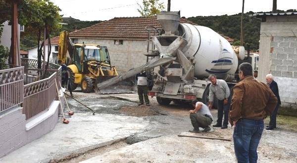 Εργασίες για την αποκατάσταση δρόμων στο Μικρό Περιβολάκι από τη Δημοτική Αρχή βάζοντας τέλος στη χρόνια ταλαιπωρία των κατοίκων