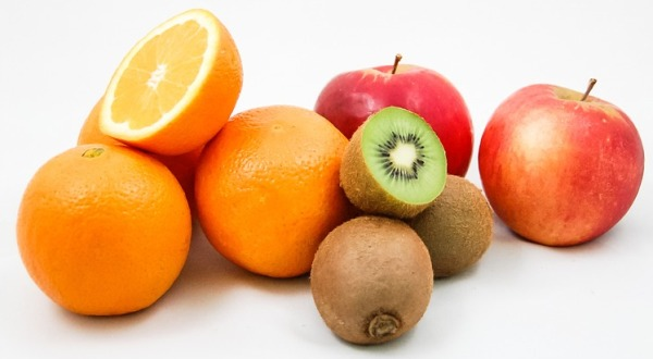 Πρόγραμμα διανομής φρούτων στο Δήμο Ρήγα Φεραίου