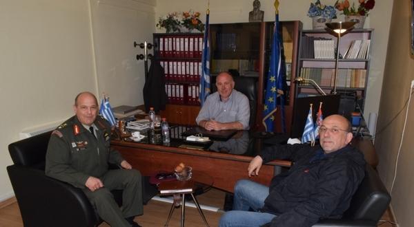 Συνάντηση του Δημάρχου Ρήγα Φεραίου με το Νέο Διοικητή της 1ης Ταξιαρχίας Ταξιαρχίας Αεροπορίας Στρατού Στεφανοβικείου