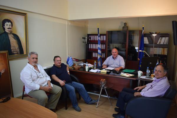 Επίσκεψη του Βουλευτή ΚΚΕ Ν. Μαγνησίας στο Δήμαρχο Ρήγα Φεραίου