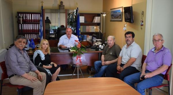 Συνάντηση ένωσης πολυτέκνων Ν. Μαγνησίας με το Δήμαρχο Ρήγα Φεραίου