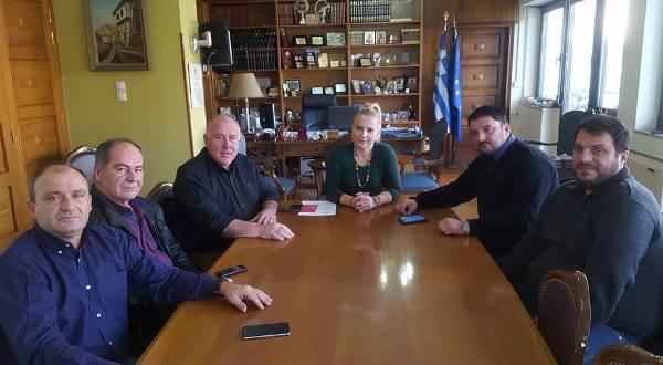 Συνάντηση Δημάρχου Ρήγα Φεραίου με την Αντιπεριφερειάρχη Μαγνησίας για τη νιτρορύπανση